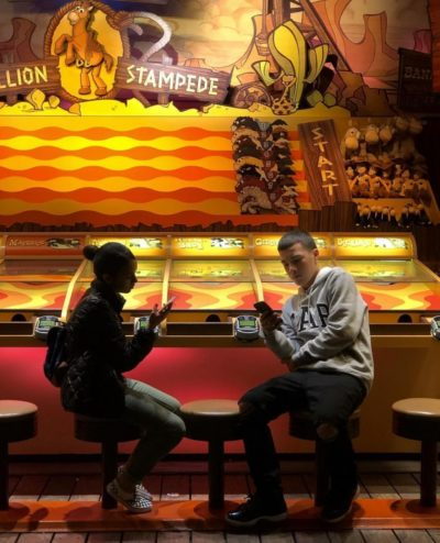 Grrr evil teenagers don't play Chuck E. Cheese game