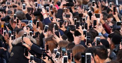 Photos: The Ubiquity of Smartphones