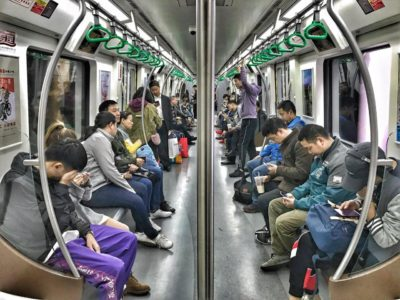Shot of Chinese modern life in Chengdu's metro 🚇