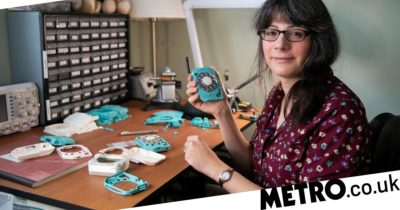 Engineer creates rotary mobile phone so she can hold it up and show why she can't text instead of the cheaper method of simply not having a phone